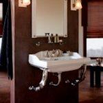 Herbeau. Les lavabos et bains de style