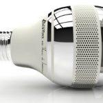 Une ampoule LED intègre la fonction de détecteur de fumée