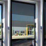 Fenêtres dotées de panneaux photovoltaïques transparents